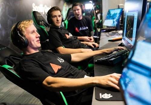 Abios and Clarion Gaming strike ground-breaking Esports partnership